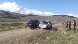 Video PAJERO IO 2 0 VS BMW X5 3 0 download MP3, 3GP, MP4, WEBM, AVI, FLV Januari 2018
