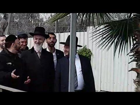 הרב הראשי לשעבר, יונה מצגר, משתחרר מכלא מעשיהו
