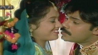 Suswagatham Movie Songs | Suswagatham Navaragama | Pawan Kalyan | Devayani | TeluguOne
