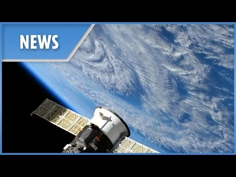 Hurricance Florence: Watch the storm close in from space