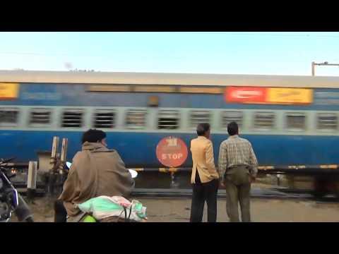 Haridwar - Allahabad Express roaring through Chudiala (Saharanpur)