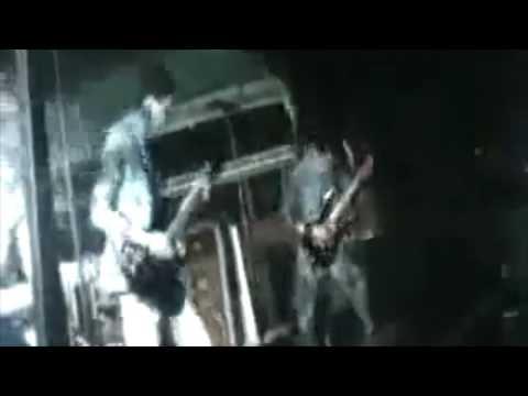 Devasted - Absurda religión (Live at Mosquera 2010)