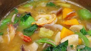 Thai mixed vegetables soup with Prawns