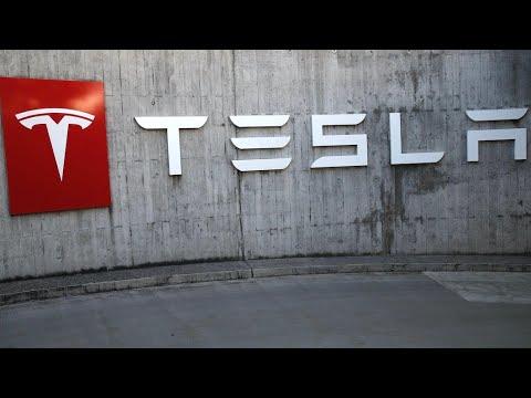 Tesla reports fifth consecutive quarter of profits
