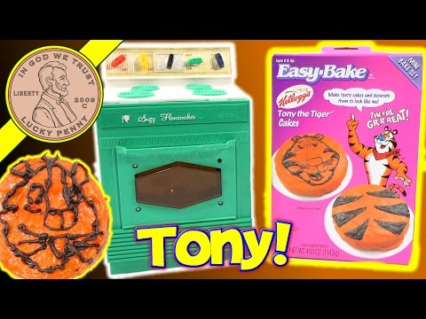 Suzy Homemaker Kids Toy Oven & Easy Bake Tony The Tiger Cakes!