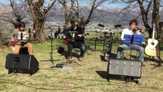 2017.04.23に飯山市城山公園二ノ丸で開催された「花見でぶらり2017」よ...