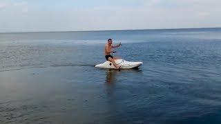Лодка из стеклопластика, 110 км/ч ! Испытание неправильного  мотора)))