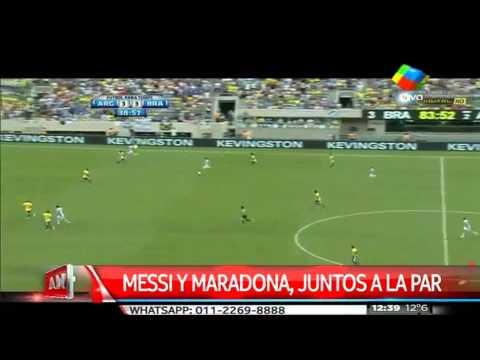 Messi y Maradona, juntos a la par