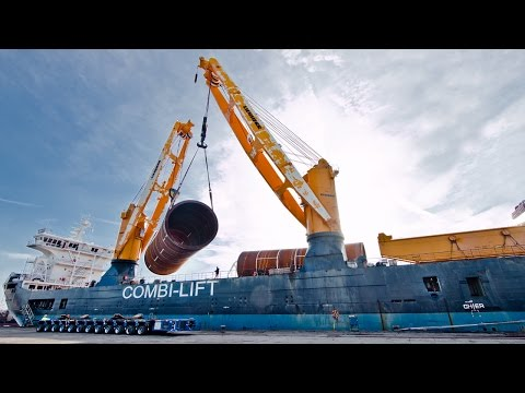 Liebherr 900 Tons CBB 4700 Crane Heavy Lift Windpark ST³ Offshore
