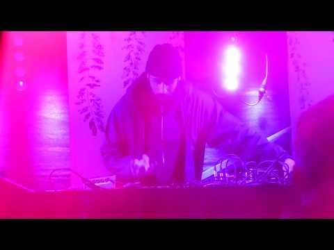 Gold Panda live - 16.09.2017 - Golden Leaves Festival