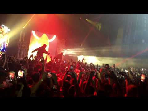 Travis Scott brings out Kanye west at Days Before Rodeo Tour