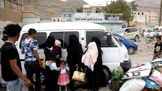 Humanitarian workers struggle to bring aid to Yemen