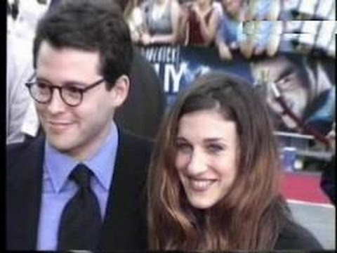 SARAH JESSICA PARKER and MATTHEW BRODERICK attend 'The Cable Guy' premiere - 1996