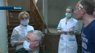 Врачи садисты издевались над пациентом