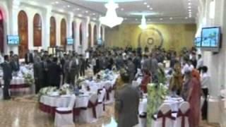 Таджикский танцор диско(Президент Таджикистана тусуется на свадьбе своего сына. Дододжон Атовуллоев в роле комментатора. Впервые..., 2013-05-20T16:04:55.000Z)