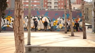 BOOKER TRAVELS - Barcelona: Skate City