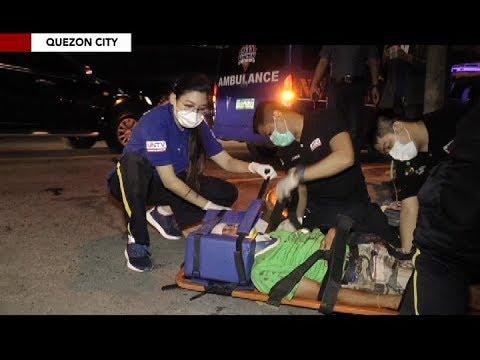 Lalaking sugatan at walang malay sa Quezon City, tinulungan ng UNTV News and Rescue