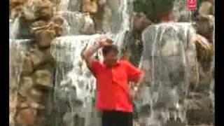 Uperwali ke chakker mein  manoj tiwari bhojpuri song