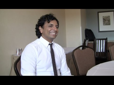 M. Night Shyamalan Talks The Visit, Twist Endings, Unbreakable and More at Comic-Con