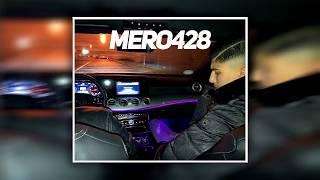 MERO428 - MIT DEN HOODIES AUF JACKY