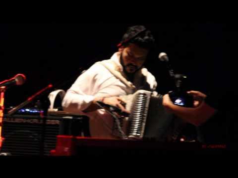 Raul Malo & Michael Guerra - Around The World