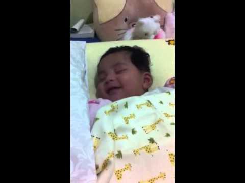 Putri Cantik Amec Lyla Tersenyum Saat Ia Tertidur Shakila Megie Kalani Aris Youtube