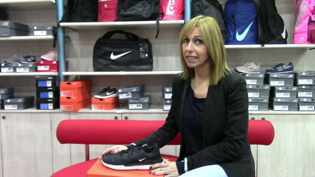 Zapatillas de deporte negras Renew Arena de Nike Running