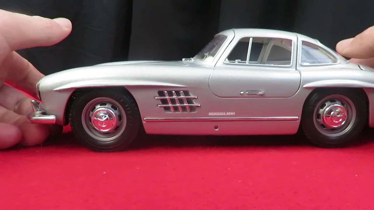 Bburago 1954 mercedes benz 300sl gullwing 1 18 scale for 1954 mercedes benz 300sl