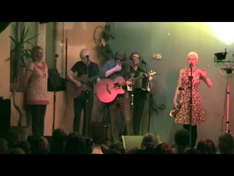 Chumbawamba - In Memoriam: Margaret Thatcher - So Long So Long (Live in Bristol)