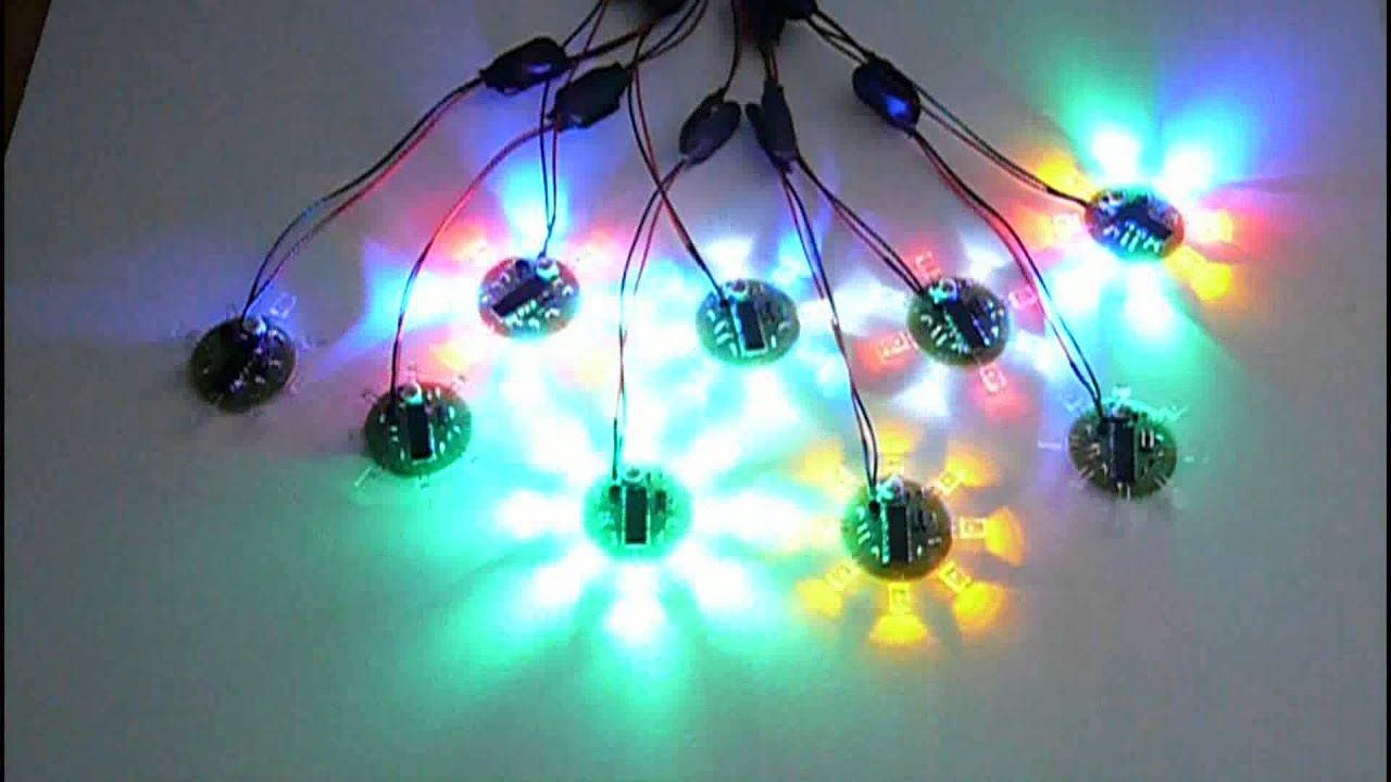 8 led chaser beacon pic microcontroller light show 2x5x7mm leds