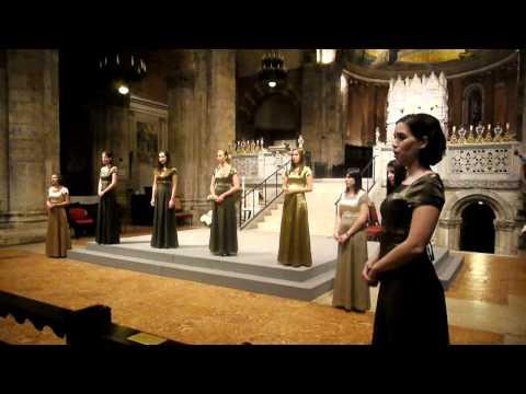 PRO MUSICA GIRLS' CHOIR