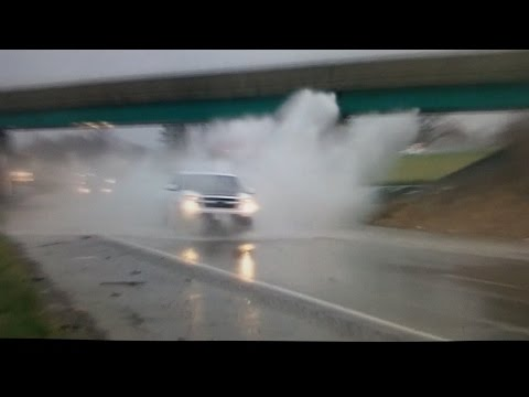 Cars unexpectedly hit high water on the highway - Belleville IL - 4/7/15