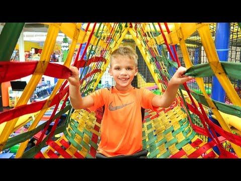 HUGE SLIDES & Kids Indoor Playground Family Fun Center Going Bonkers