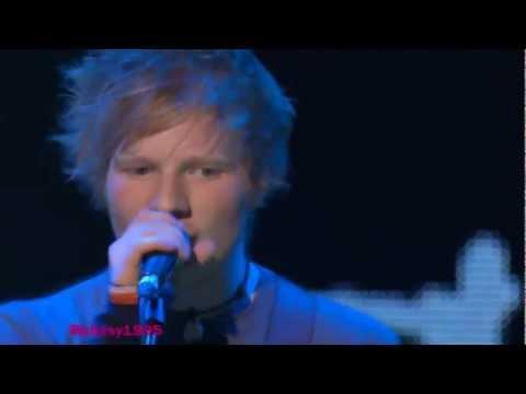 [HD] Ed Sheeran - Grade 8 - Live At ITunes Festival (8th July 2011)