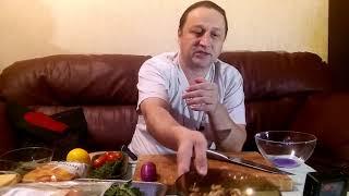 Кошмарно длинное видео , сразу три рецепта салата. Только терпение.