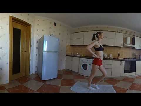 360 degree VR Sexy girl does her workout in Virtual Reality