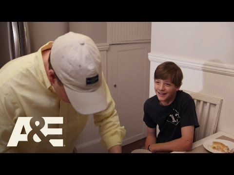 Wahlburgers: Paul's Kids' Kitchen Concoctions (Season 4, Episode 8) | A&E