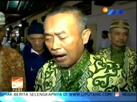 Puluhan Jemaah Umrah Bekasi Terlantar di Bandara Soetta   Video Liputan6 com