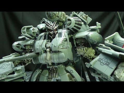 Studio Series Leader BLACKOUT: EmGo's Transformers Reviews N' Stuff