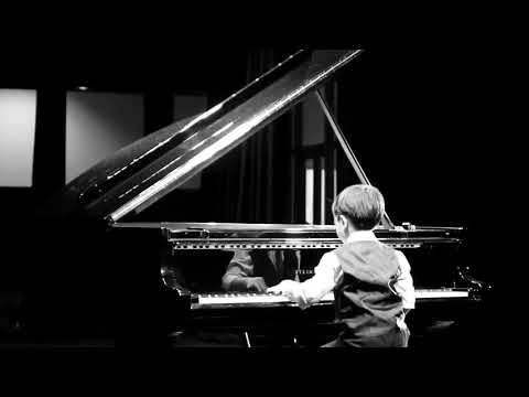Venetian Gondola Song, Op. 30, No. 6 (Felix Mendelssohn) by Evan Lê (6 years old)