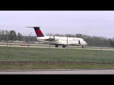 Plane Spotting - Departures and Arrivals   Port Columbus Intl Airport