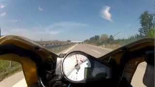 Knappe Sache auf der Autobahn emergency brake motorcycle thumbnail