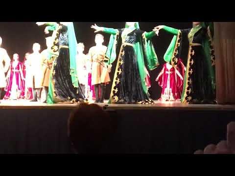 Ансамбль Зия « Чеченский праздничный танец»