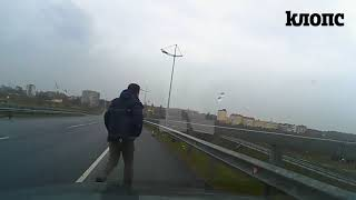 Опасные манёвры Mazda и видео первых минут после смертельного ДТП под Пионерским