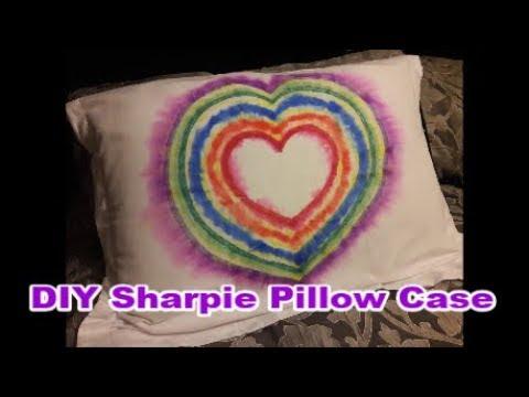 diy-sharpie-pillow-case---easy-sharpie-craft