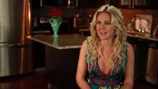 Biography | Who is LBB | Laura Bell Bundy
