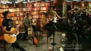"""Paolo Nutini Sings """"Last Request"""" LIVE"""