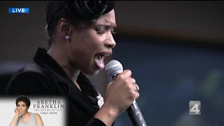 """Jennifer Hudson performs """"Amazing Grace"""" at Aretha Franklin's funeral"""
