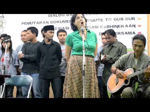 Syi'ir Tanpo Waton Haul GusDur @ Gereja Ijen Malang