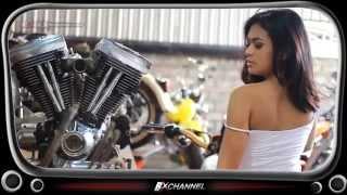 BX Babes -  Mengintip Putri Zairah Merakit Mesin